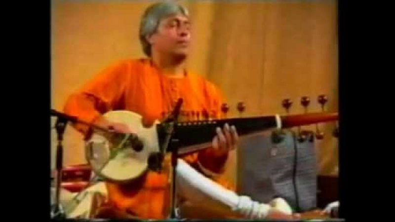 Amjad Ali Khan Raag Malkauns (Sarod Tabla) Shri Mataji Guru 1995 (Sahaja Yoga) Void Bhavasagara