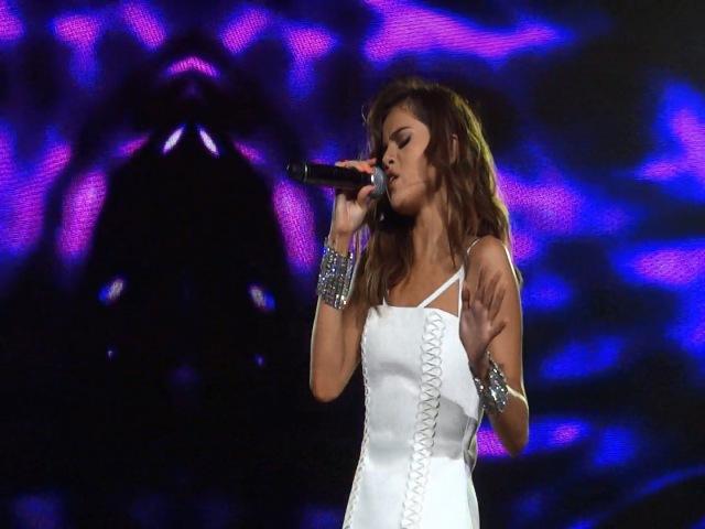 Selena Gomez - Feel Me [Live @ Revival Tour Melbourne] (06.08.2016)