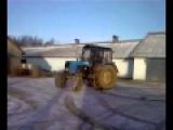 дрифт на прокаченом тракторе