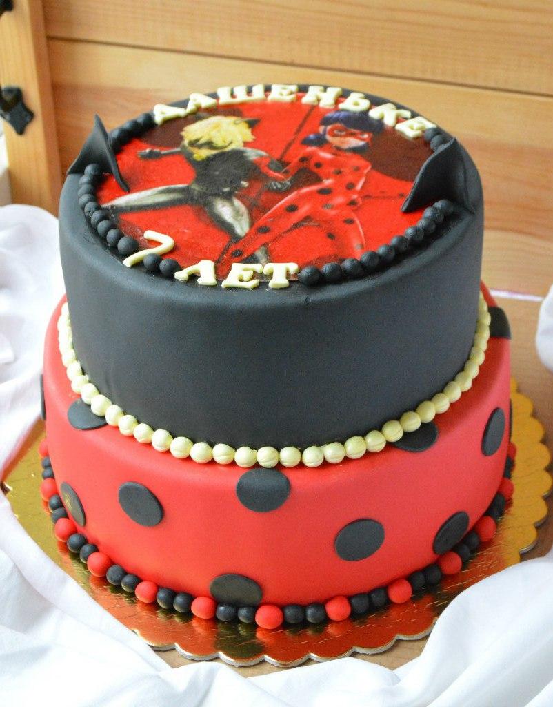 картинки торт леди баг и супер кот