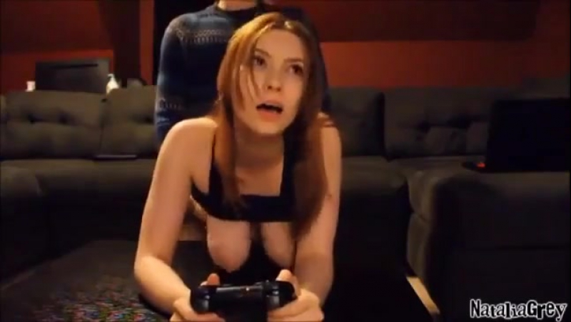 girls-playing-playstation-sex