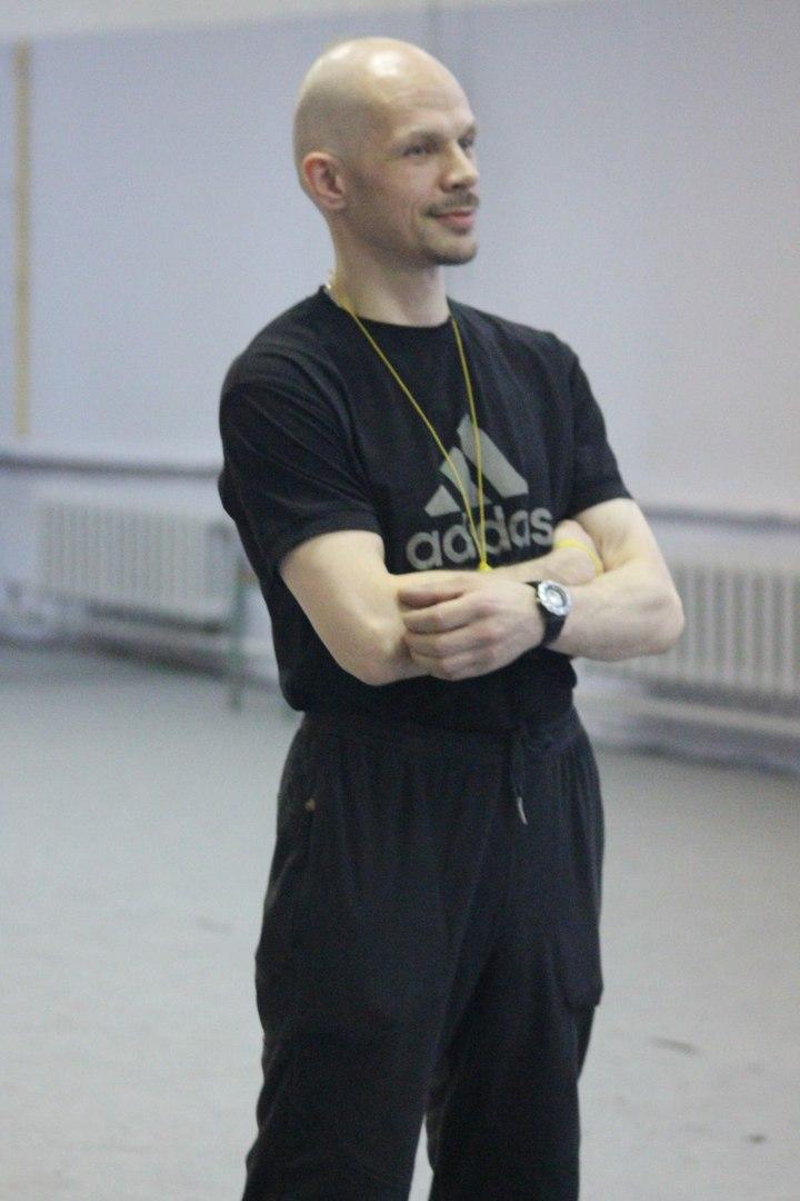 Роман, тренер
