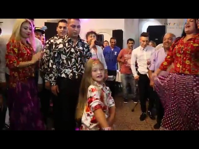 SANDU CIORBA si Dansatorii CEA MAI MICA DANSATOARE traditional gypsy dancers