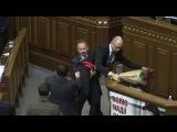 Барна vs Яценюк - детальное видео драки в Верховной Раде Украины