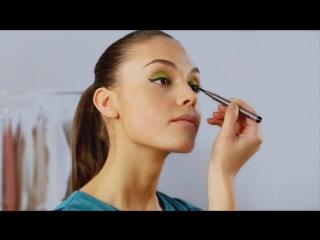 Видеоурок Выразительный макияж для летней вечеринки