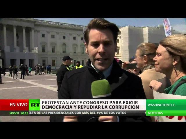 EE.UU. Protestan ante el Congreso para exigir la democracia y repudiar la corrupción