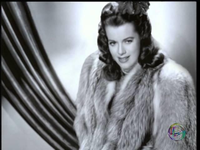 Голливуд поющий и танцующий (История мюзикла) - 1940-ые годы: Звезды, тельняшки и пение. (Часть1)