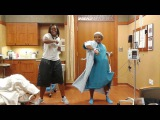 Mom in labor does the nae nae.