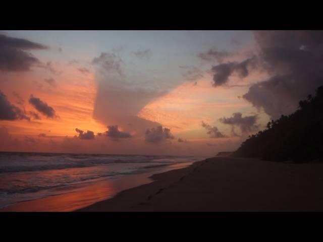 Закат солнца в Индии. Плоская земля, сотовая земля. Солнце - лампочка.