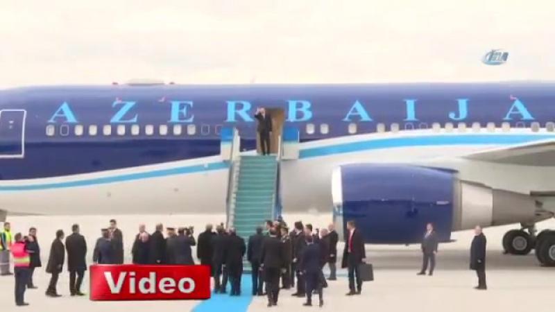 Президент Турции Реджеп Тайиб Эрдоган остался ждать в аэропорту,пока самолет президента Ильхама Алиева не поднимется в воздух.HD