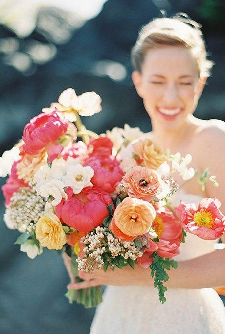 Di3kz1m3Ia8 - 40 ярких и красивых свадебных букетов