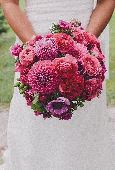 R4NhFVmHBRA - 40 ярких и красивых свадебных букетов