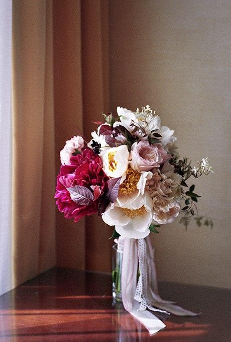 I14eu60MDDg - 40 ярких и красивых свадебных букетов