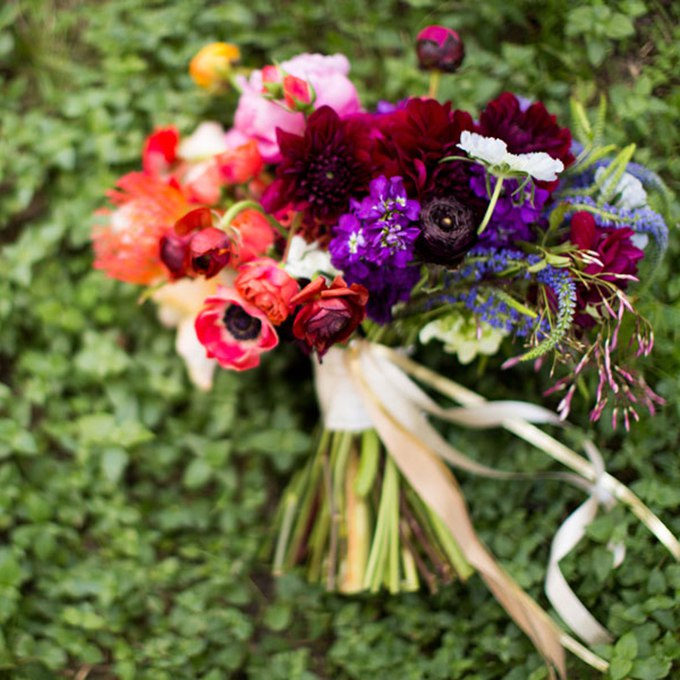 rE6GInfadEY - 40 ярких и красивых свадебных букетов