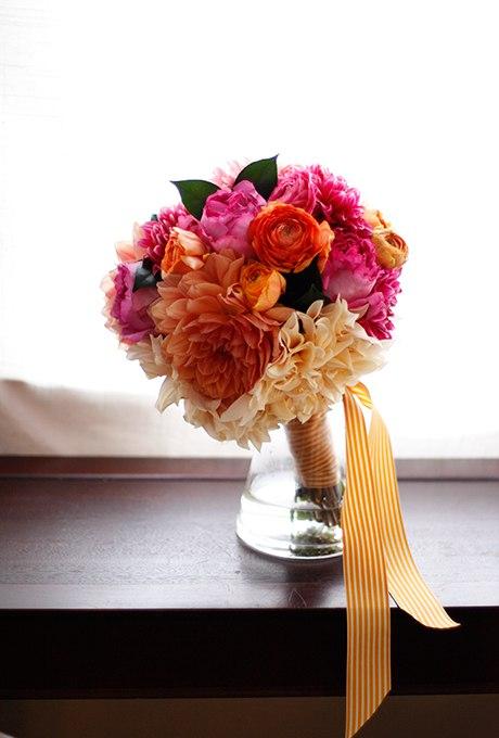 mwlBngHdXGk - 40 ярких и красивых свадебных букетов