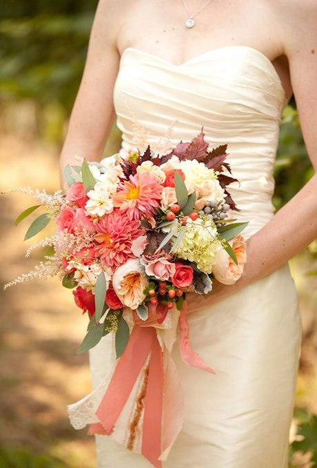 6oIYV6mnJpY - 40 ярких и красивых свадебных букетов