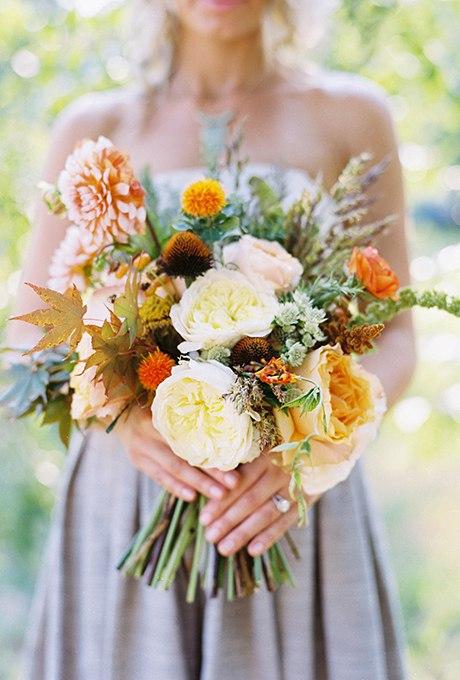 aLgjOyjLQGc - 40 ярких и красивых свадебных букетов