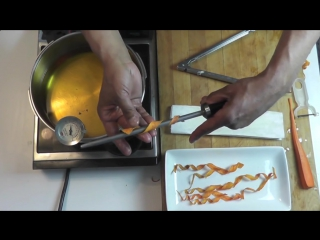 Deep fried carrot twist - food garnish - food plating - carrot chips - food decoration technique