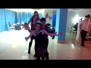 суббота танцы 26.12.15 девушки