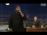 чувак пародирует LL Cool J. Snoop Dogg.DMX.Jay-Z