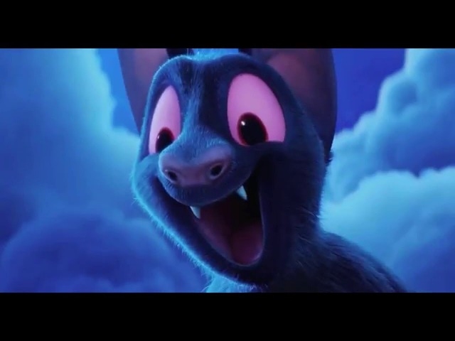 Hotel Transylvania 2 Papa Drac show off power plus skill and playing Hide and Seek