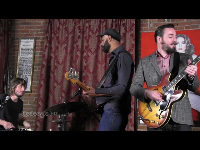THE NEW MASTERSOUNDS - Mission Creep - stripped down MoBoogie Loft Session