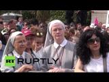 В Риме сотни тысяч людей собрались на митинг в поддержку традиционных семейных ценностей