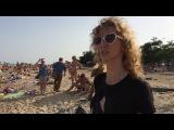 В Мариуполе на пляже перфоманс, возмутивший мариупольцев