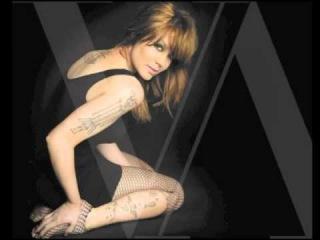 Vanessa Amorosi - 'Off On My Kiss' (Martin Wright Remix)