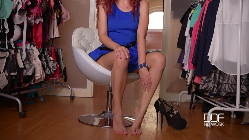 Shona River Lady In Blue ( Red Hair, High Heels, Foot Fetish, Shoe Play, Shoe In Pussy, Solo, Small Tits,
