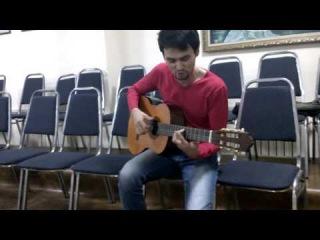 Казах очень красиво поет на гитаре