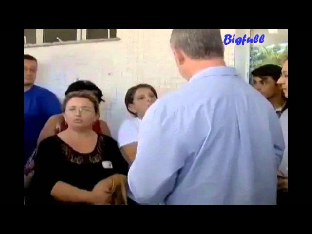Ciro Gomes humilha eleitora na presença de Arthur Chioro