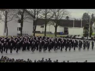 Норвежские морпехи танцуют под «Uptown Funk»