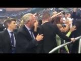 Сэр Алекс Фергюсон поздравил Криштиану Роналду с победой на ЕВРО 2016