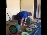 """I Love Powerlifting on Instagram: """"Тренировочная тяга Стояна Андреева 380 кг с маленьких плинтов. Собственный вес не превышает 120 кг. Подготовка на соревнования Федерации…"""""""