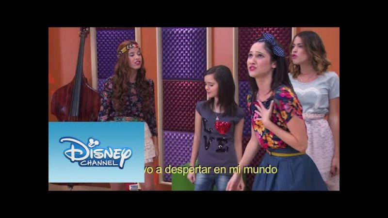 Las chicas cantan en italiano | Momento Musical | Violetta
