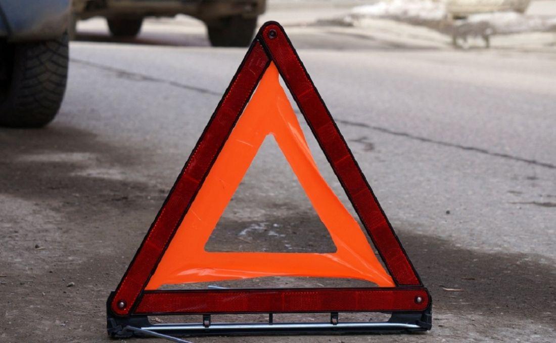 Сегодня в центре Таганрога автомобиль MAN с полуприцепом столкнулся с Nissan Teana