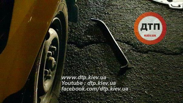 В Киеве ДТП закончилось стрельбой - Цензор.НЕТ 700