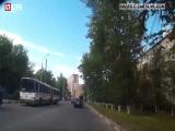 Появилось первое видео ДТП с участием сына экс-министра спорта РФ на BMW X6