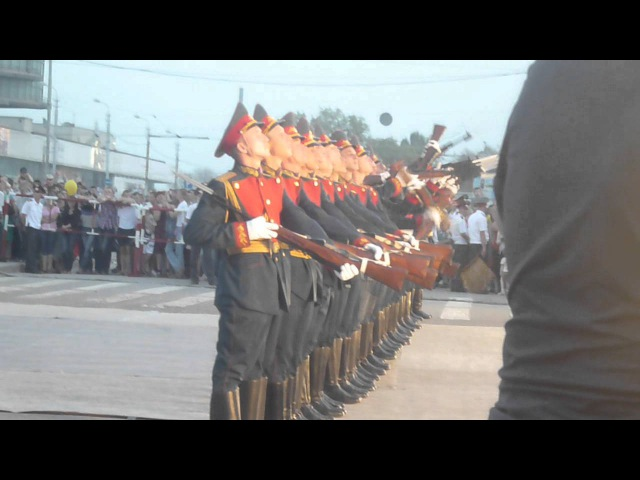 Дефиле Волгоградской Роты Почётного Караула 9.05.2012