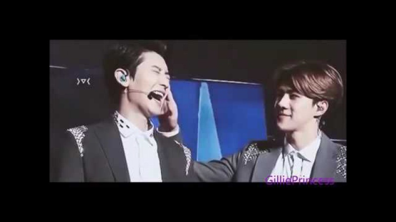 Khoảnh khắc ghẹo nhau cực dễ thương của cặp đôi Chanyeol và Sehun