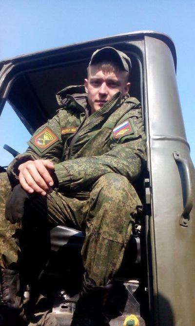 Николай Езов