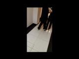 Кротик и Енотик танцуют тангу в узком пространстве...по аналогии с танцевальной дорожкой...