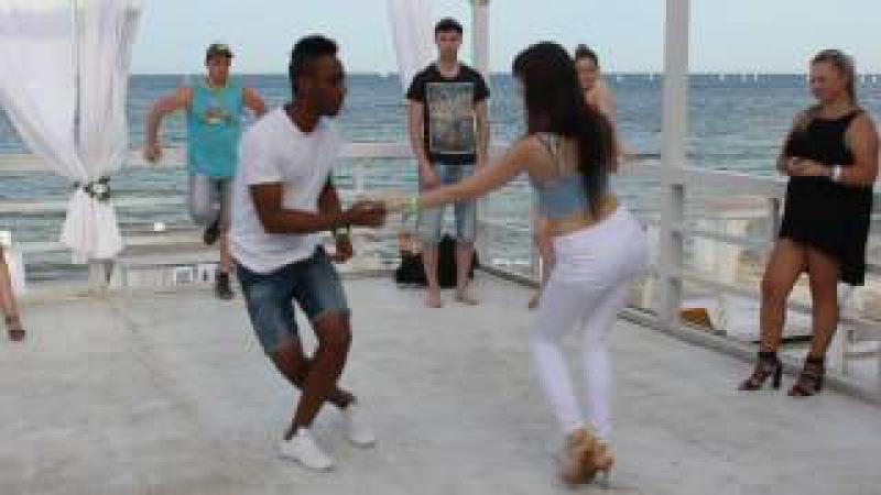 Bachata Sensual Yuniert Galina. Combination with music. UCRÂNIA DANÇA KIZOMBA FESTIVAL 2016