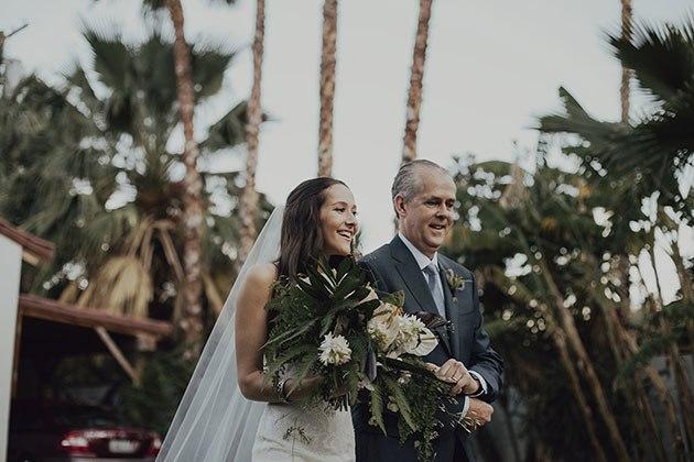 usLYG3UOFIw - История одной свадьбы с далекого берега (34 фото)