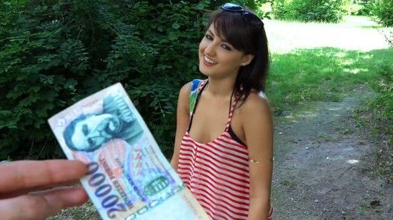 PublicPickUps – Suzy Rainbow – Hungarian Hottie Pounded Outdoors