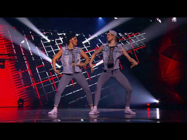 Танцы. Битва сезонов: Юлиана Бухольц и Юлия Николаева (серия 10) из сериала Танцы. ...