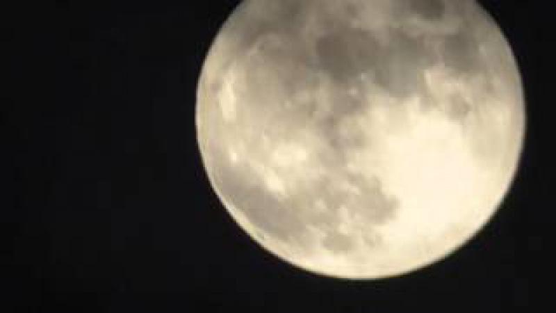 Full Moon part 2 (Test with tripod stand Velbon Sherpa 5370DPanasonic HC-V270)
