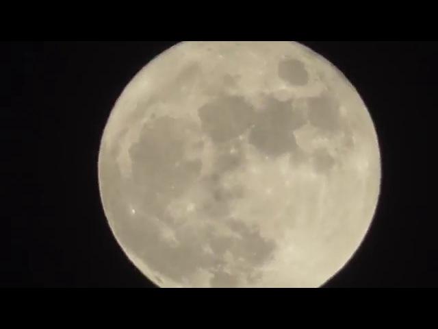 Full Moon (Panasonic HC-V270 zoom) Хмельницький,повний місяць,Ніч католицького Різдва,Святвечір