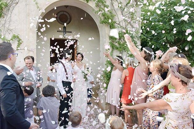 xOSeQQfTAQ4 - Свадьба Амели и Лорана (35 фото)